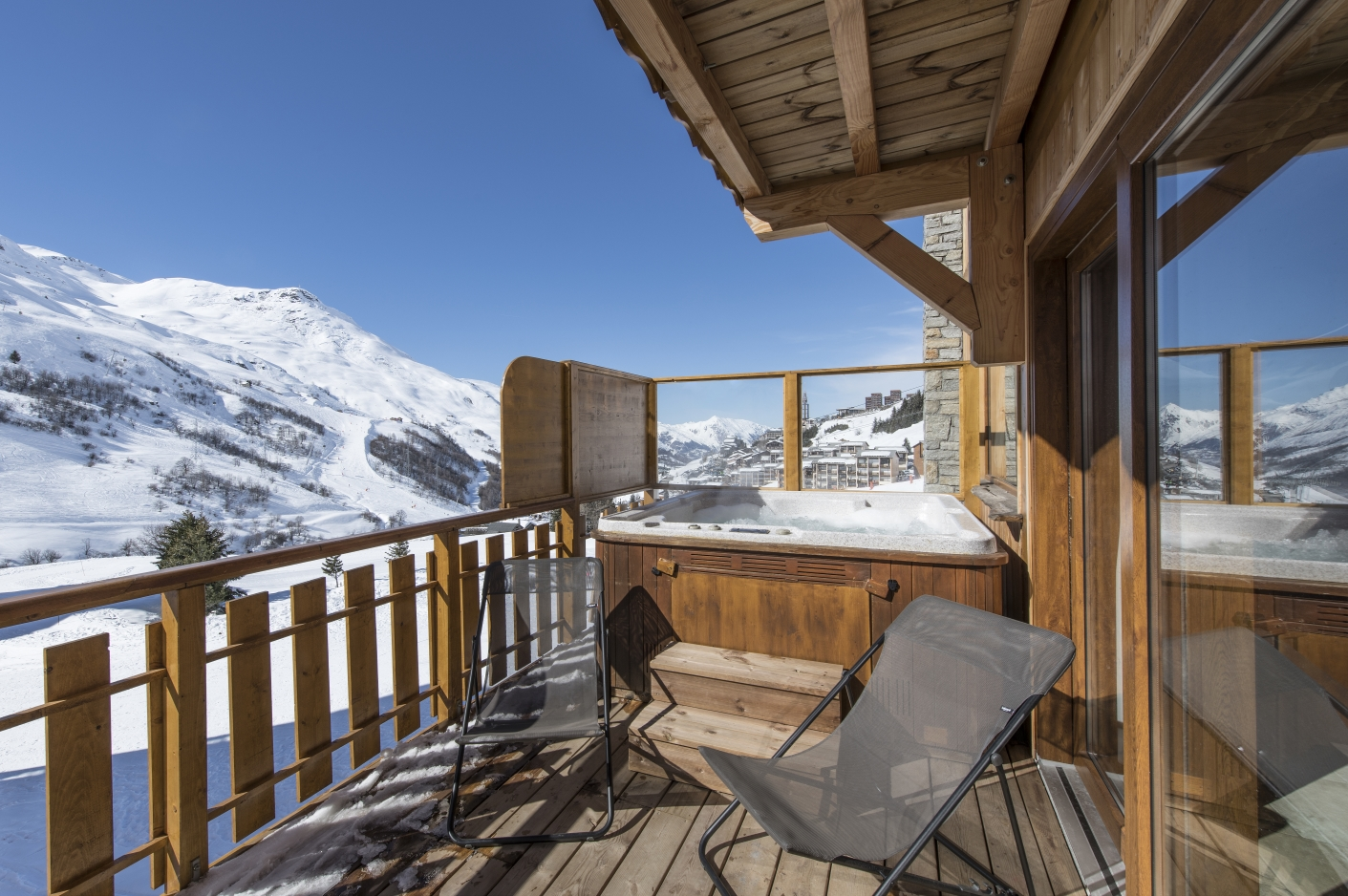 Chalet Aigle Hot tub