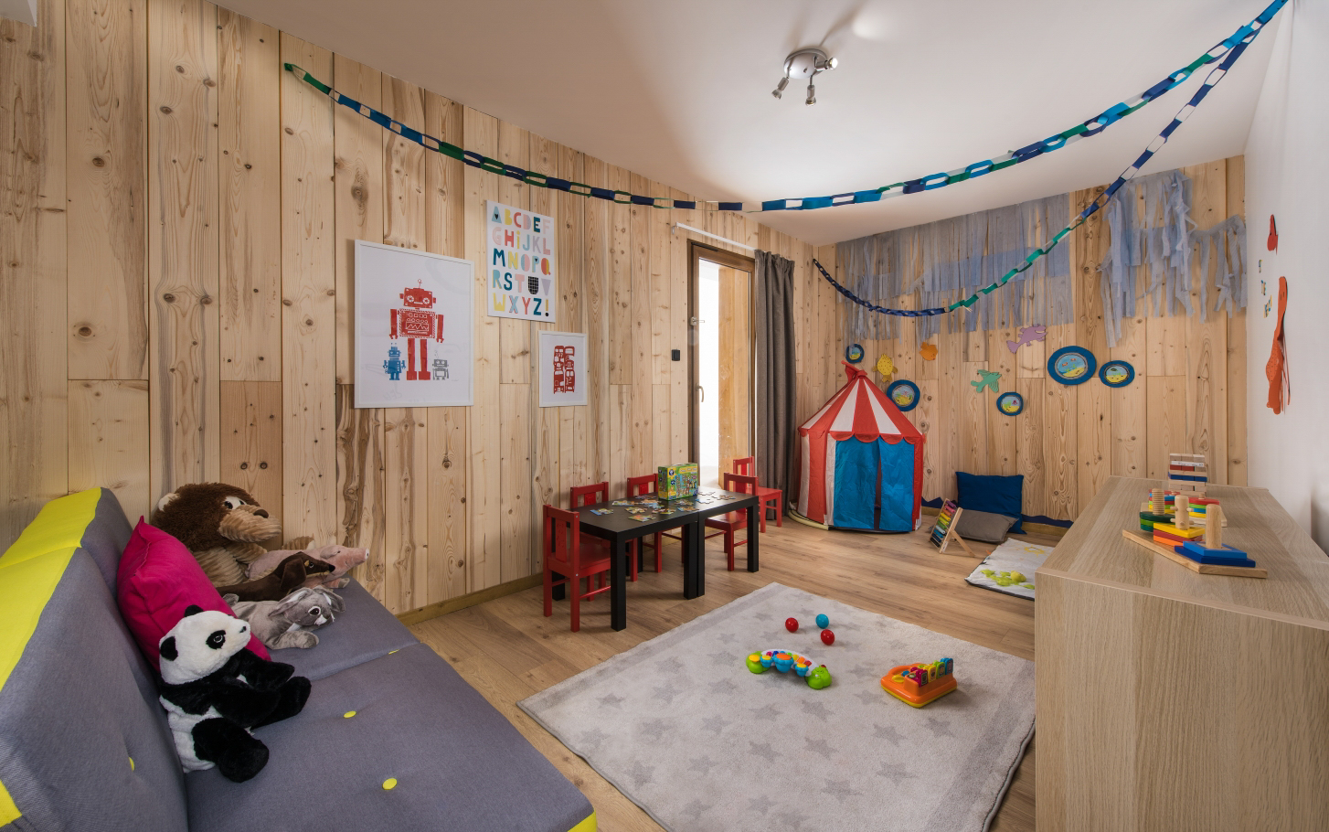 Chalet Aigle Playroom