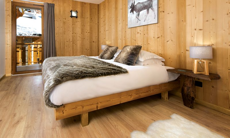 ski bedroom