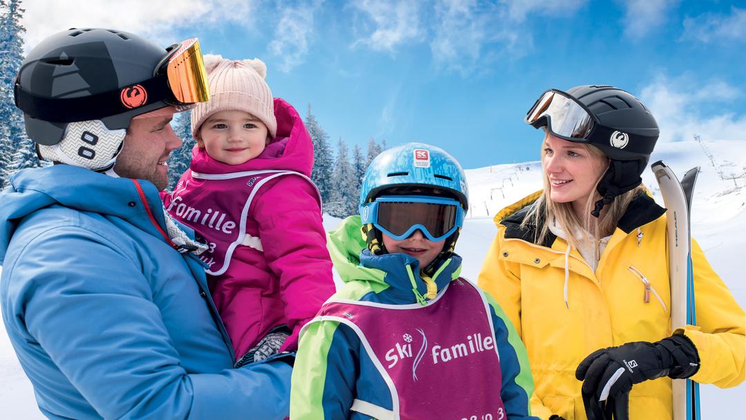 Ski Famille skiing family